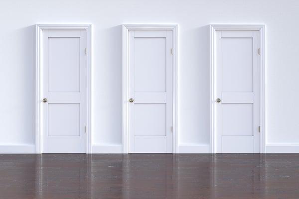 doorway-3293341_1920